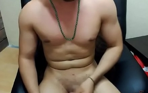 im a sexy guy dancer and i love all about the sex, and more