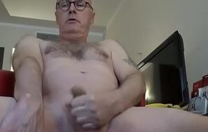 Ulf Larsen expose myself and orgasm!