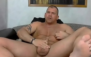 Bodybuilder Wanks with an increment of Groans Across