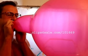 Balloon Fetish - Lance Popping Balloons Video 1