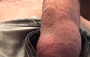 Masculine leather hunk wanks hardcock solo