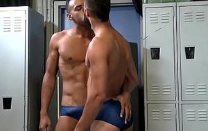 Swimmers Worship, Teasing, Touching, always interexchange bulges in Speedos (Sunga)