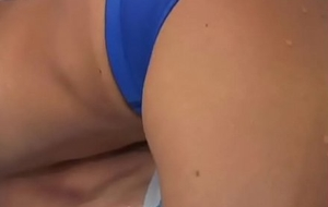 Swimmers Asian Rubbing Frottage Bulges in Speedo (Sunga)