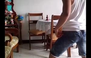 Boy twerking 02