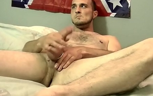 Deviant scantling strokes hunger cock solo