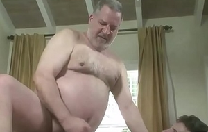Hot Sportsman Loves Engulfing Daddy'_s Flannel Part2